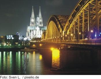 Köln Silvester auf dem Rhein