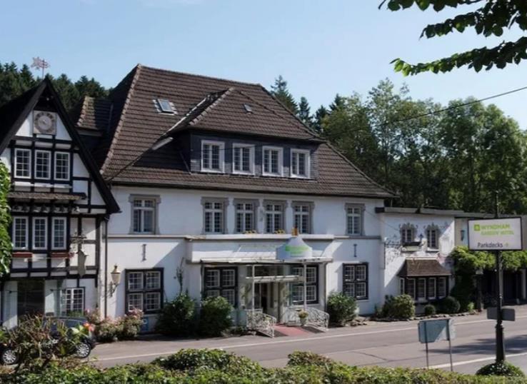 Wyndham Garden Gummersbach / kurz-mal-weg